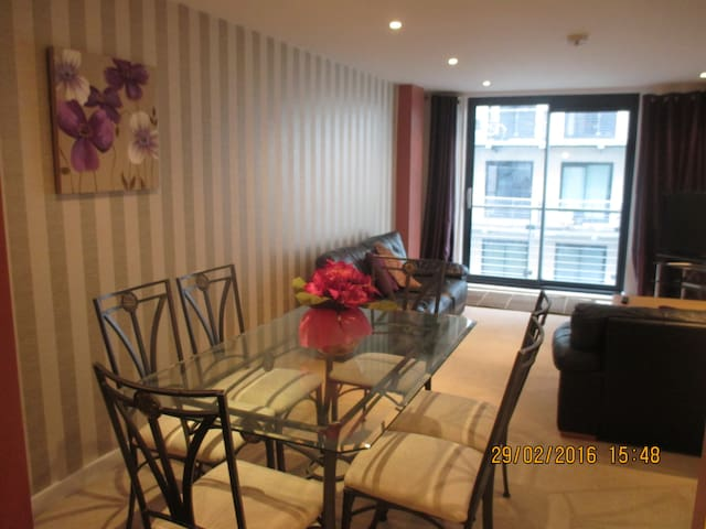 Chandlers Wharf L Pool City Center Apartments For Rent