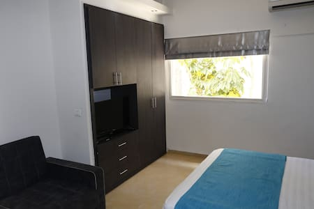 2 Bedroom Apartment in central TLV - Tel Aviv-Yafo - Bed & Breakfast