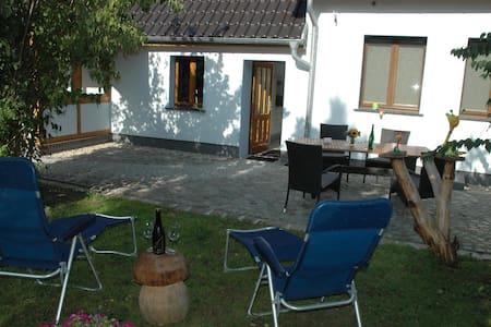 Charmante Ferienwohnung nahe Tropical-Island - Krausnick-Groß Wasserburg - Leilighet