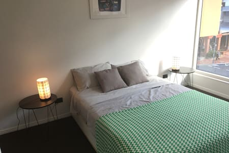Spacious room in the heart of Fortitude Valley - Fortitude Valley - Appartamento