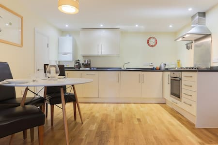 Central waterside flat + parking - Falmouth - Apartment