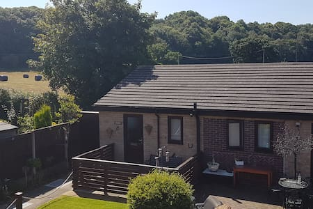 Stunning one bedroom new stable conversion - Dobshill - Lejlighed