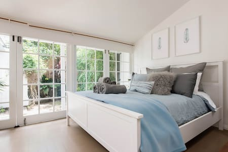 Cosy Paddington Cottage + Fast WIFI(close to CBD) - Lägenhet