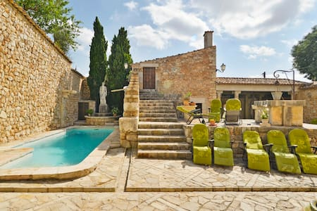 Mansion with comfort and individual service - Lloseta - Bed & Breakfast