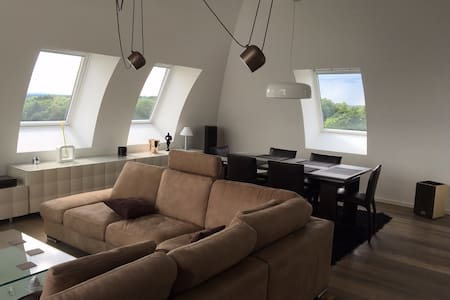 Quiet Kirchberg Penthouse & Private Bathroom - Loft