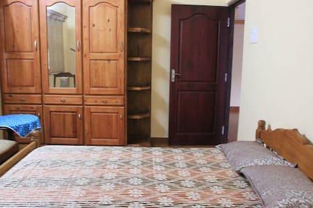 Rose Villa Double Bedroom - Kochi - Apartment