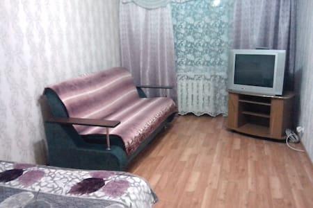 Квартира в центре! Уют и комфорт! - Verkhniy Ufaley