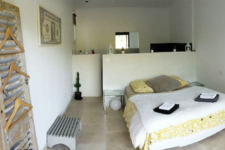 Chambre blanche - Huis