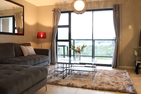 Self Catering Apartment sleeps 4 - Appartement