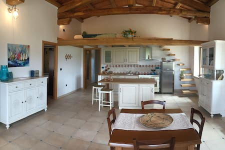 Stunning independent villa in the countryside - Badesi - Apartment