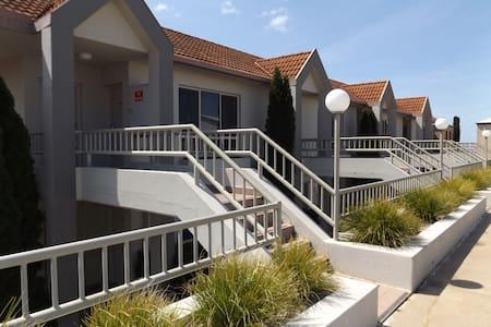 Apartment 48 Cypress Drive - Mulwala - Wohnung
