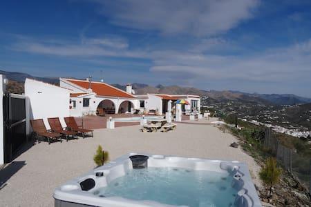 Villa El Paraiso - Huis