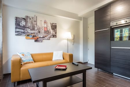 New reformed apartment. Everything new!!!! - Madrid - Appartement