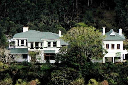 Royston Hall Historical Guest House. - Bed & Breakfast