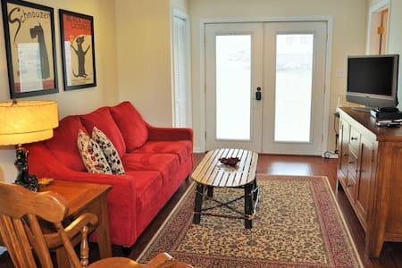 Seven Springs Area Guest Suite - Faház