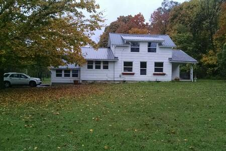 Musician's paradise, Quiet 2 acre setting - Dayton - House