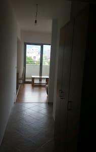 Apartman building C-10 - Bar - Pis