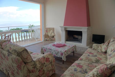 Anna seafront apartment 2nd floor with living room - Kerkira - Apartment