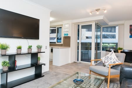 Spectacular Opulence in the CBD - Sydney - Apartment