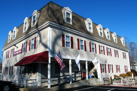 Westborough Inn - Westborough - Bed & Breakfast