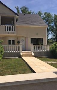 Maison Neuve F5 tout confort - Rumah