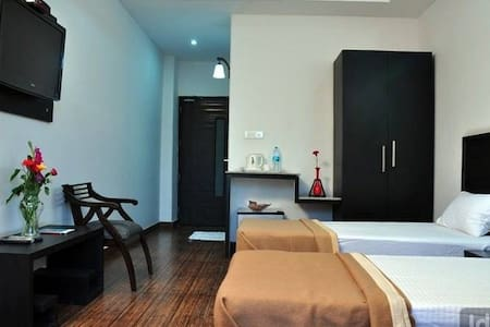BNB Sector -32 Industrial Area Corporates - Gurgaon - Bed & Breakfast