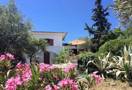 Alonaki Amaliapolis Volos - Villa