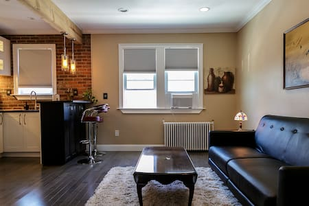 Luxe 1-Bedroom Loft Near Manhattan - Apartamento
