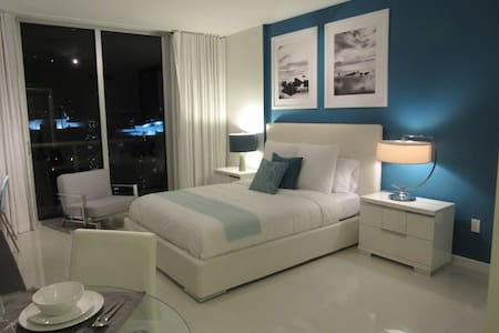 Amazing Penthouse Studio Viceroy! - Miami - Apartment