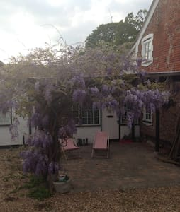 Cosy cottage in Norfolk countryside, near Norwich - Mulbarton - Casa