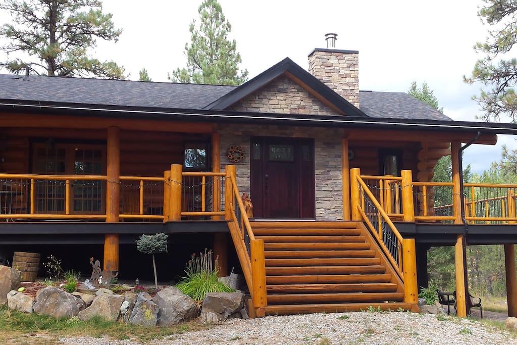 Lovely log cabin near fernie b c cottages for rent in for Fernie cabin rentals