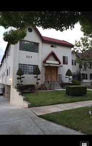 Zhongnan's condo - Alhambra - Condominium
