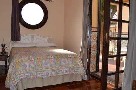 Bed and Breakfast in Mijas for 2 - Mijas Costa - Bed & Breakfast