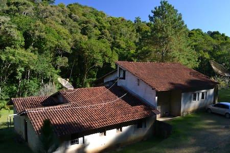 Terreiro de Candomblé - Juquitiba - Casa de campo