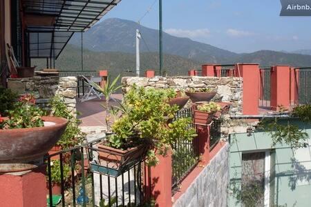 App. Casa gialla P. Terra-( TRI BASEI ) - Casarza ligure