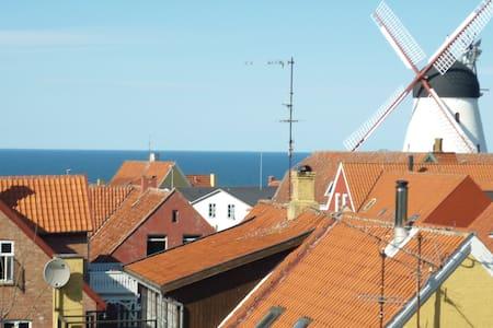 Hyggelig ferielejlighed med udsigt over østersøen. - Appartement