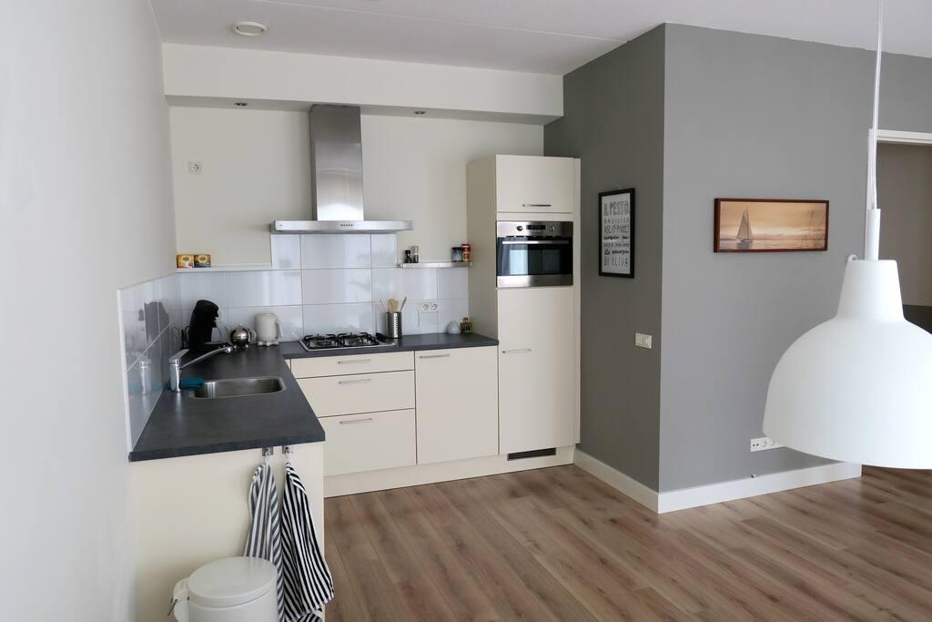 Appartement in centrum castricum appartementen te huur in castricum - Open keuken m ...