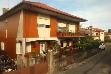 Villa spacieuse de style portugais - Hus