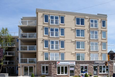 Cozy and Quiet Condo on the Commons - Halifax - Appartement