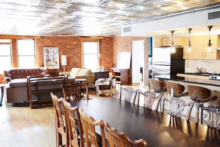 Mammoth 4Bed/3Bath LOFT/Mulberry II - New York - Apartment