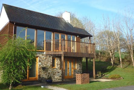 3 bed lodge with passes to St Mellion golf resort - Casa