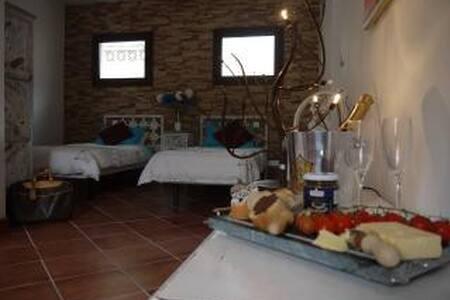 At Home Costa Del Sol, Fuengirola - Fuengirola - Apartment