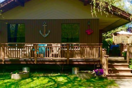 Cabin for Rent in Loni Beach, Gimli - Gimli - Cabane