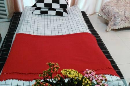 卡子门地铁口 近夫子庙 湖边大屋客厅舒适大床垫 - Appartamento