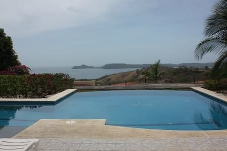 Amazing view, peaceful, safe home. - Playa Panamá - Villa