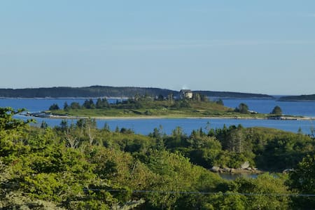 Oceanview home in  Prospect, NS - Huis