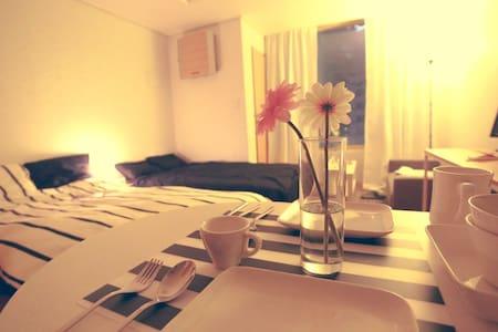 #Hongdae(弘大)10sec Stn. Cozy-Riverview+Eggwifi# - Mapo-gu - Apartment
