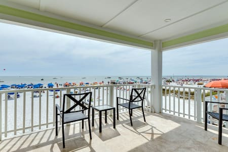 Sand Dollar Resort 2 BR Suite North - Fort Myers Beach - Apartment