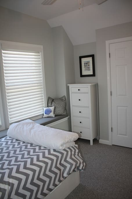 Another view of twin upstairs bedroom