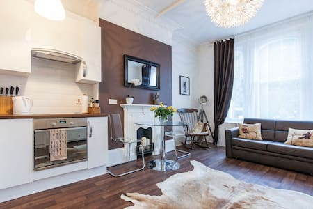 Cosy Victorian 1 bed apartment